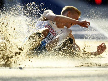 Kristian Pullin jättiloikassa iso viesti – yleisurheilussa hurja murros käynnissä