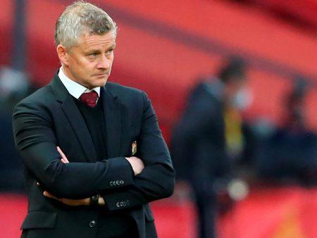 Manchester United on surullinen tarina seurajohdon jalkapalloilullisesta sokeudesta