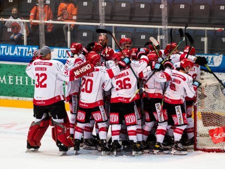 Vaasan Sport saa vastustajat näyttämään noloilta – näin Risto Dufvan joukkue sen tekee