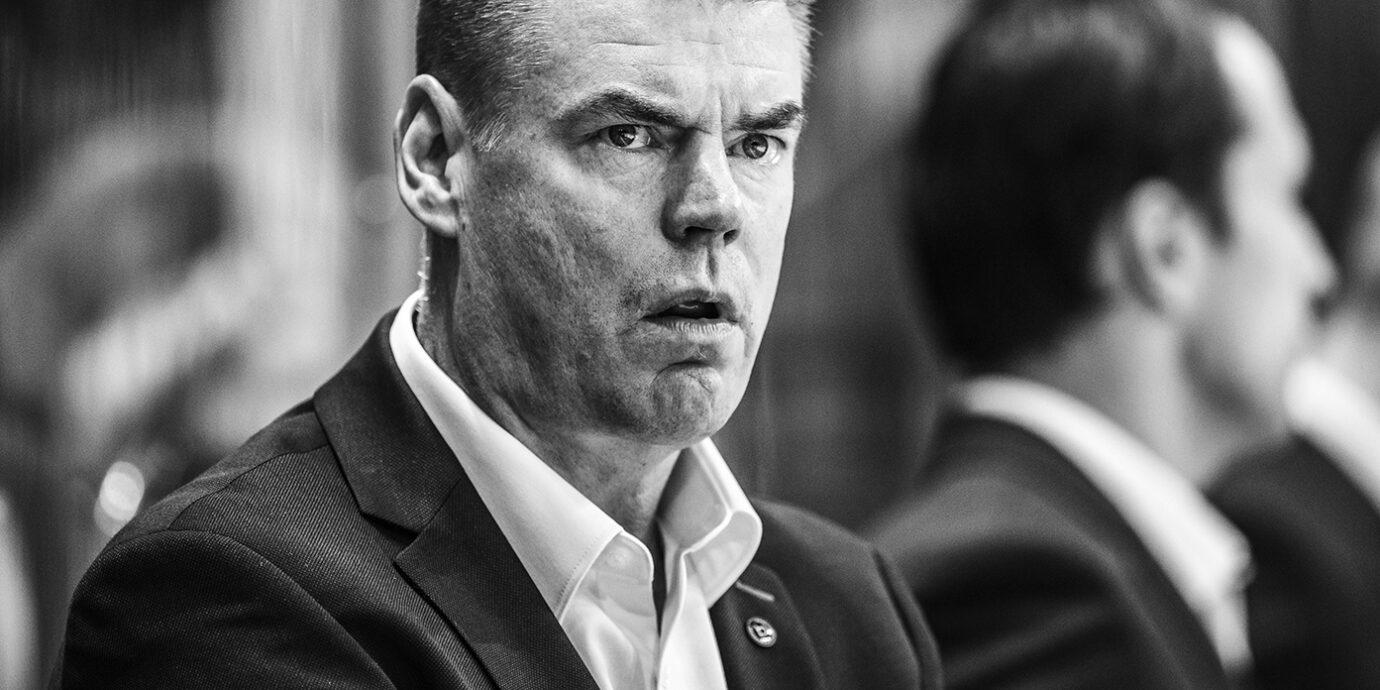 Raimo Helminen heitettiin roskakoriin siksi, ettei hän mahtunut valmentajana ahtaaseen muottiin