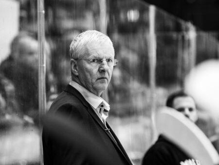 Kari Jalonen sähköisti Leijonien päävalmentajapeliä, mutta onko tuoli vapaa?