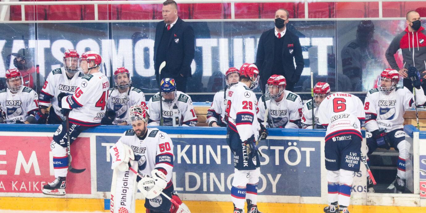 """HIFK polvistui Raimo Helmisen sensaation edessä – """"En olisi uskonut koskaan TPS:n finaalipaikkaan"""""""