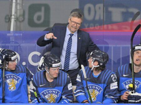 Valmentajat elävät jääkiekon MM-kisoissa kuplassa, jossa ei nukuta eikä levätä