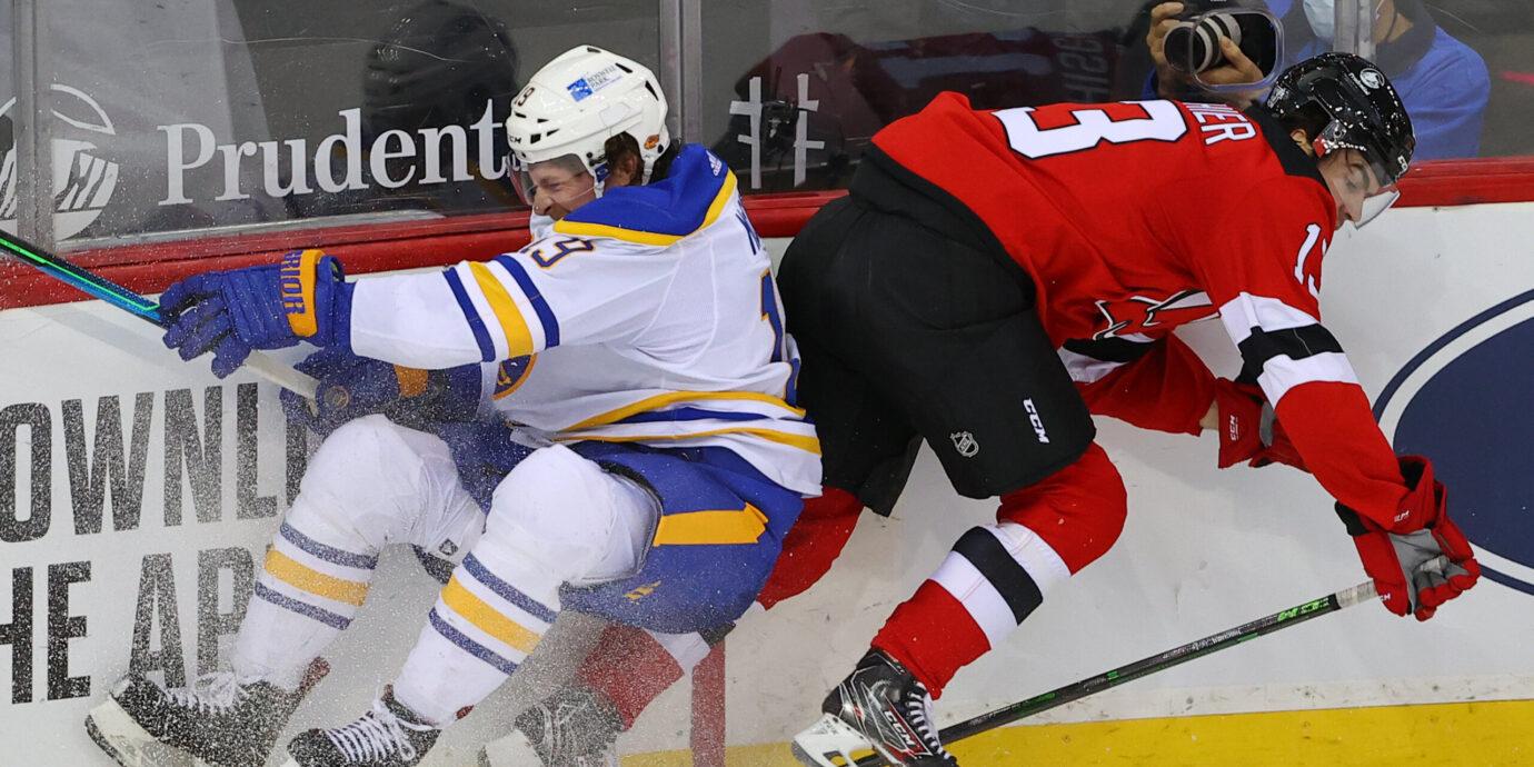 NHL:n taklaustalkoot osoittavat, että taklaaminen ei ole kuolemassa – vaan päinvastoin