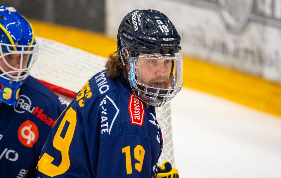 Liigan paras puolustaja Robin Press on illuusio, jolla on edessä vaikeuksia KHL:ssä