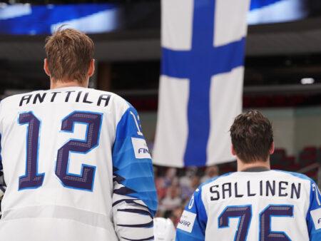Jääkiekon MM-kisat ovat leijonahöttöä kansalle, joka nostalgiassa vaeltaa