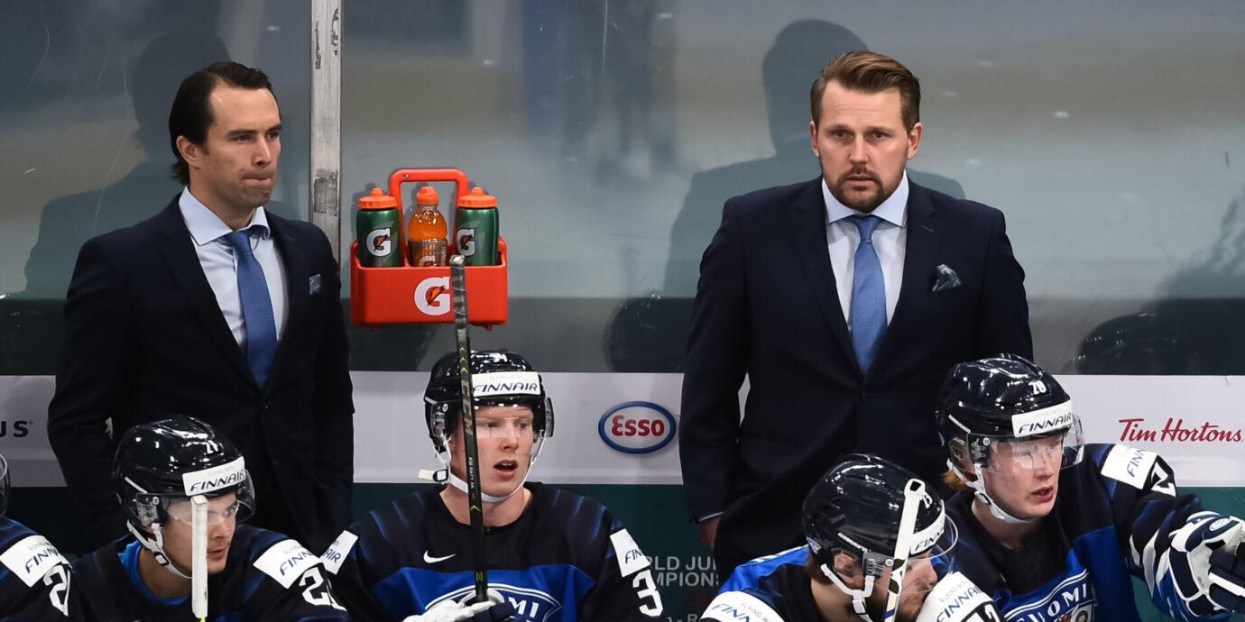Tuomo Ruudun valinta Floridan apuvalmentajaksi kertoo, miten hullunkurinen NHL-maailma on