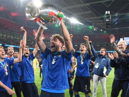 Italia murskasi Englannin unelmat olemalla finaalissa yksinkertaisesti parempi joukkue