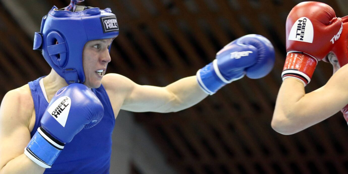 Mira Potkonen otti niukan voiton, jota Amin Asikainen piti 75-prosenttisena esityksenä