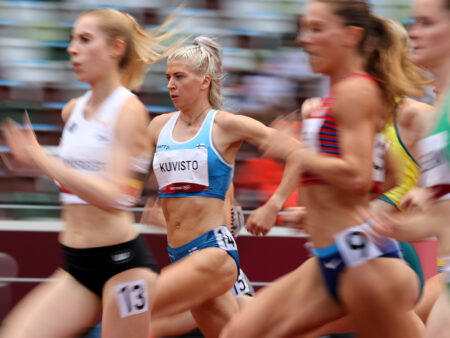 Sara Kuivisto oli Tokion suomalaistähti yleisurheilussa – nyt koko porukalla ratkaiseva askel